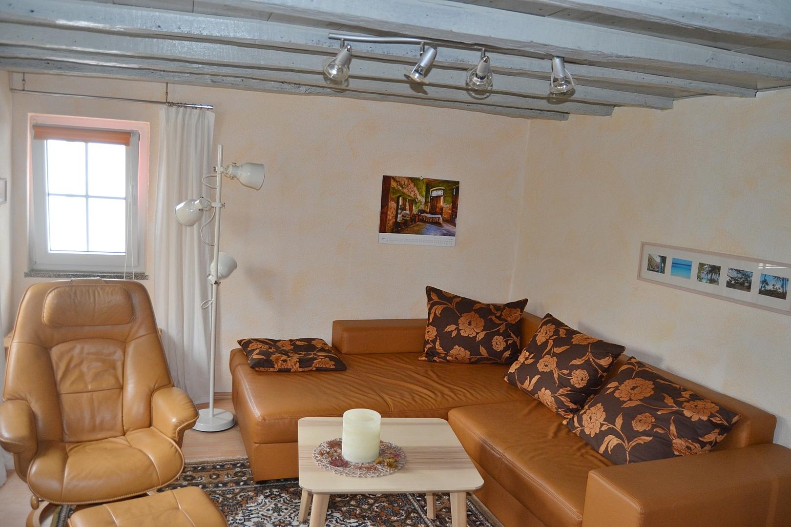 das ferienhaus in der eifel effelsberg wohnen eg 1 das ferienhaus in der eifel. Black Bedroom Furniture Sets. Home Design Ideas
